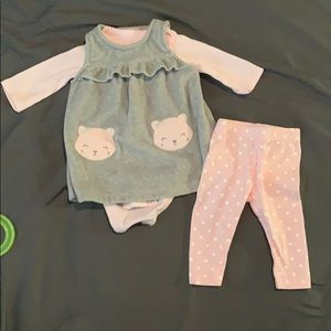 Babygirl 3 piece outfit.